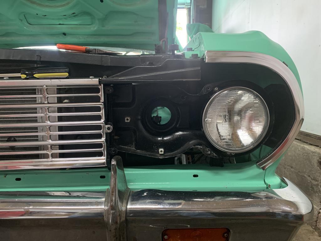 1970 Chevy Chevelle Head Lamp Headlight Bezels LH RH Driver /& Passenger Side