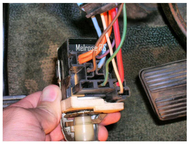 Details of a Headlamp Switch | Chevelles.comTeam Chevelle