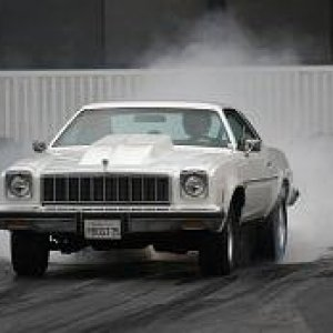 1975 Chevelle Burnout